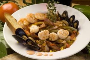 shrimpscallopsmusselsseafood