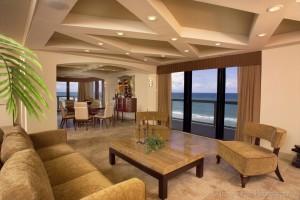 oceanfrontcondolivingroom